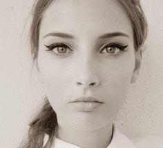 winged eyes //