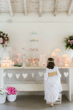 Do your children have a party and you do not know how to decorate the house? Communion Gifts, Communion Dresses, Baby Event, Kids Party Decorations, Candy Table, First Holy Communion, Fiesta Party, Childrens Party, Birthday Parties