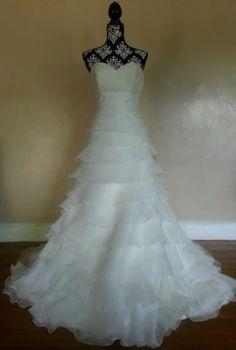 Mori Lee Wedding Dress #4868 Ivory Briidal Gown Size 6 original retail $798 bid starts at $100.