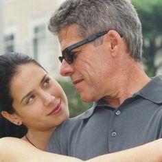 Mel Lisboa e José Mayer em cena da minissérie 'Presença de Anita', em 2001 (Foto: Divulgação/ Rede Globo)