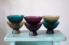 Nanny Still bowls Cheese Dome, Lassi, Decorating Blogs, Glass Design, Vintage Decor, Finland, Be Still, Cosy, Tabletop