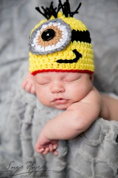 The Minion hat inspired by Despicable Me Movie is crocheted in a size newborn, 0-3m or 3-6m and is gender neutral for baby boys and girls. ( I can