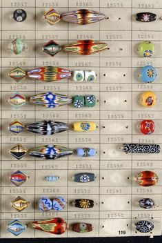 An on-line bead discussion forum for collectible beads. Tribal Jewelry, Beaded Jewelry, Beaded Necklace, Necklaces, African Trade Beads, Venetian Glass, Orient, Clay Beads, Jewelry Supplies