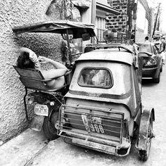 休憩中#トライシクル Off duty #tricycle #driver #philippines#フィリピン