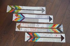 Grace and Favour: ARROWS---A HOW TO Jo and Terry.these are awesome! We could use these in the shop with our signs! Quilting Tutorials, Quilting Projects, Quilting Designs, Small Quilts, Mini Quilts, Baby Quilts, Children's Quilts, Arrow Quilt, Southwestern Quilts