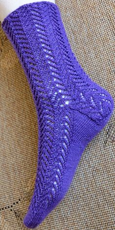Most Lace socks : Knitty First Fall 2012