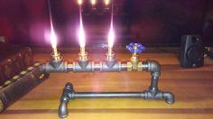 Lampe steampunk. Eclairage industriel. Lampe à huile steampunk! Lampe de pipe. Lampe vintage. Lampe Edison. Ampoules Edison à vendre pour lampes steampunk...