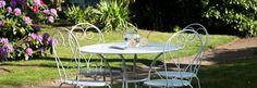 Au jardin de la villa St Raphael, Villa, Outdoor Tables, Outdoor Decor, Outdoor Furniture Sets, Home Decor, Gardens, Walls, Walled Garden