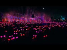 Disneyland's IR-controlled Mickey Mouse ears turn the crowd into a synchronized light show
