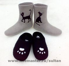 Felted slippers by Svetlana Sultan Gallery. Wool Shoes, Felt Shoes, Knitted Pouffe, Felted Slippers, Socks, Gallery, Fashion, Felting, Felt Slippers