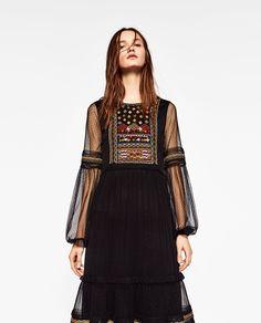 ebb321e7 87 Best zara images | Block prints, Zara fashion, Blouses
