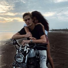 Why Editorial Fashion Photography is Such a Great Thing – Designer Fashion Tips Cindy Kimberly, Relationship Goals Pictures, Cute Relationships, Disney Instagram, Instagram Girls, Couple Goals Tumblr, Neels Visser, Couple Goals Cuddling, Vacation