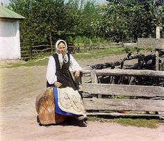 In Malorossiya (between 1905 and 1915) by Sergey Prokudin-Gorsky
