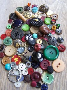Antique/Vintage Beautiful Mix of Buttons Great by ShaneLilyRain