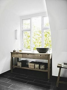 Recent Media and Comments in Bathroom - Modern Furniture, Home Designs & Decoration Ideas Beautiful Bathrooms, Modern Bathroom, Bathroom Purple, Home Furniture, Modern Furniture, Rose House, Home Goods Decor, Home Decor, Contemporary Baths