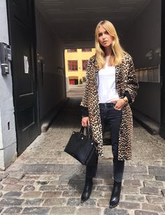 Leopard Vibes For Spring And Summer (Pernille Teisbaek) | via TrendForTrend.com