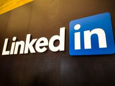 LinkedIn's newest app helps college grads find a job Marketing Technology, Marketing Automation, The Marketing, Latest Technology, Technology News, Professional Networking, Business Networking, Business News, Find A Job