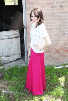 love me, dani marie: {hot pink maxi skirt and sea shells} Maxi Dresses I sell. Contact me at lularoebakersfield (at) gmail (dot) com