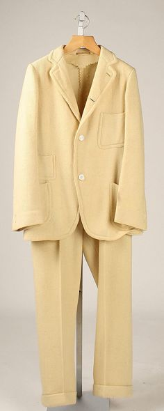 Suit, Date: 1890s Culture: American Medium: wool Metropolitan Museum of Art Accession Number: C.I.47.43.2a, b Victorian Mens Clothing, Victorian Mens Fashion, 1890s Fashion, Vintage Fashion, Men's Fashion, Mens Attire, Mens Suits, Wool Suit, Historical Clothing