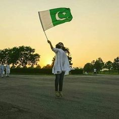 Happy Independence Day 💚💛💚 by Poet Pakistan Flag Pic, Pakistan Flag Images, Pakistan Pictures, Pakistan Day, Happy Independence Day Pakistan, Happy Independence Day Images, 14 August Wallpapers Pakistan, 14 August Pics, 14 August Dpz