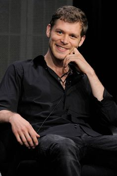 The Vampire Diaries,The Originals Joseph Morgan(Klaus) Joseph Morgan at Comic Con 2014 The Vampire Diaries, Vampire Diaries Wallpaper, Vampire Diaries The Originals, Niklaus Mikaelson Quotes, Klaus Mikaelson Gif, Klaus Tvd, Joseph Morgan, Louise Brealey, Matthew Mcconaughey