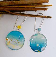 Boucles d'oreilles romantiques, dormeuses, métal argenté, résine : Boucles d'oreille par mes-creations-plaisir