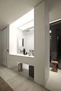 contemporist - mordern architecture - tanju özelgin - s house - istanbul - turkey - interior view - bathroom