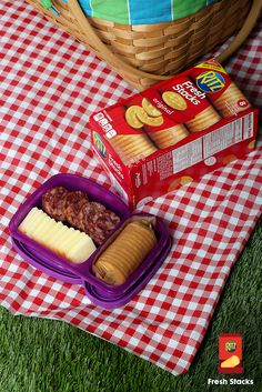 Headed outdoors? Pack slices of sausage and cheese with a RITZ Fresh Stack. You can assemble the toppings at the picnic. So easy.