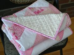Magpie Quilts: Pink Chevron Quilt Tutorial