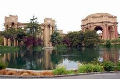 Palace of Fine Arts - Free things to do in San Francisco with Kids #familytravel #sanfrancisco #california