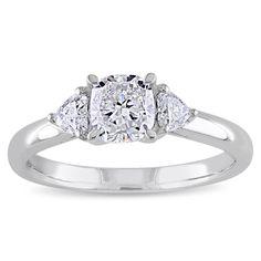 <li>Cushion and heart-cut 3-stone diamond ring</li> <li>14-karat white gold jewelry</li> <li><a href='http://www.overstock.com/downloads/pdf/2010_RingSizing.pdf'><span class='links'>Click here for ring sizing guide</span></a></li>