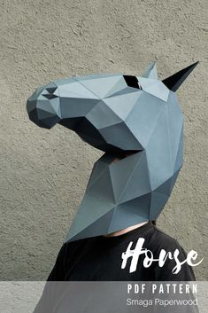 Making this papercraft horse mask is now easier with the VIDEO instructions. Impress everyone with your awesome Horse costume! Download this papercraft mask, use our template and make your Masquerade Horse mask in just a few hours! Best Halloween Costumes Ever, Halloween Masks, Halloween Decorations, Halloween Party, Horse Costumes, Animal Costumes, Animal Masks, Animal Heads, Paper Face Mask