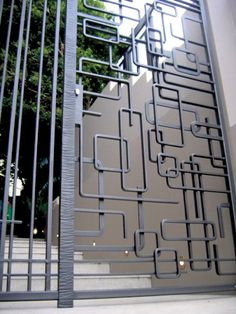 Forged steel security gates Australia - Wendie McCaffley: sculptor in steel Metal Gates, Wrought Iron Gates, Tor Design, Design Art, Security Gates, Security Screen, Grill Design, Fence Design, Steel Gate Design