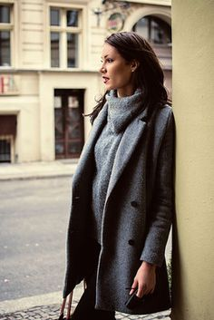 Shootings - Fotografie aus Berlin Berlin, Turtle Neck, People, Sweaters, Fashion, Moda, Fashion Styles, Pullover, Sweater