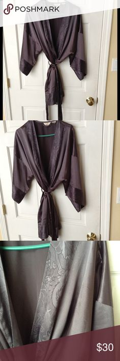 VICTORIA SECRET LOVELY ROBE One size fits all. It's lovely in excellent condition. Beautiful design shimmery Gray. Victoria's Secret Intimates & Sleepwear Robes