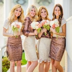 Rose gold and lace... Those bouquets mmmhmm!