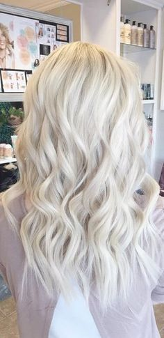 Get longer hair with the help of #TrendingTopicHairBoutique clip-in #Hair #Extensions ! http://trendingtopichairboutique.com