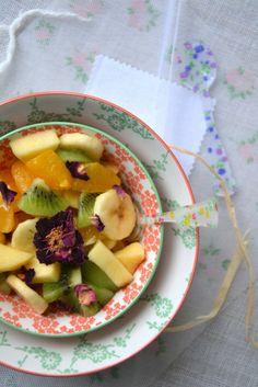 Salade de fruits d'hiver à l'hibiscus et à la rose http://www.lesrecettesdejuliette.fr