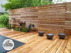 Modern privacy screen and deck