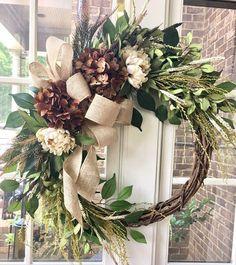 Easy Fall Wreaths, Autumn Wreaths For Front Door, Diy Fall Wreath, Thanksgiving Wreaths, Holiday Wreaths, Winter Wreaths, Outdoor Fall Wreaths, Christmas Door Wreaths, Country Wreaths