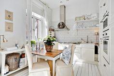 Aranżacje wnętrz - Kuchnia: Kuchnia styl Skandynawski - Casa Bianca. Przeglądaj, dodawaj i zapisuj najlepsze zdjęcia, pomysły i inspiracje designerskie. W bazie mamy już prawie milion fotografii!