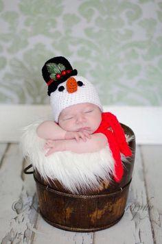 Crochet snowman hat by AllysonGraceDesigns on Etsy https://www.etsy.com/listing/285718929/crochet-snowman-hat