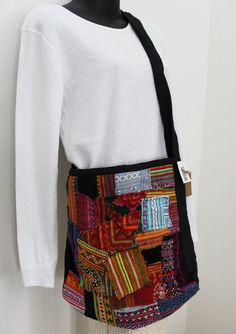 Hey, I found this really awesome Etsy listing at https://www.etsy.com/listing/263441681/vintage-style-patchwork-crossbody-bag