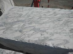 Arabescato marble is available in blocks, slabs, tiles, bookmatch and more. This white marble from Italy is a beautiful natural stone. Arabescato Marble, Marble Suppliers, Dark Granite, Water Spots, Marble Floor, Good Grips, White Marble, Cladding, Natural Stones