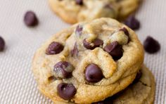 Soft-Baked Chocolate Chip Cookies - This is a much better recipe for cookies! Used this to make Caramilk chocolate chip cookies and they turned out delicious. Just Desserts, Delicious Desserts, Dessert Recipes, Delicious Chocolate, Vegan Chocolate, Nestle Chocolate, Delicious Cookies, Yummy Treats, Sweet Treats
