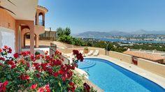 Majestätische Villa über Santa Ponsa, privilegierte Lage, eine Abendbesichtigung zeigt Ihnen den atemberaubenden Blick http://www.casanova-immobilienmallorca.de/de/suchergebnis/233202/Villa-Mallorca-kaufen-mit-Panorama-Meerblick-in-Santa-Ponsa