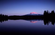 Sunset at Mount Shasta, California - photo by Jim Richardson