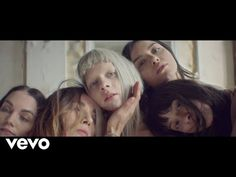 AURORA is queen and this is her queendom Music Love, Music Is Life, Music Songs, Music Videos, Aurora Aksnes, Shy People, The Quiet Ones, Record Company, Female Singers