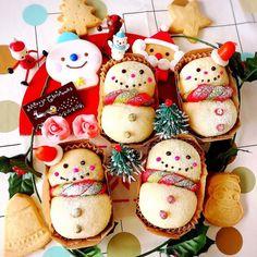 クリスマスに♪ペコちゃんの蜂蜜入り白パンで雪だるまパン♡