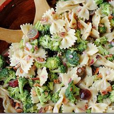 Broccoli Grape Harvest Salad  Add chicken for a summertime meal! Maybe instead of grapes, make them olives. Thats my kind of salad